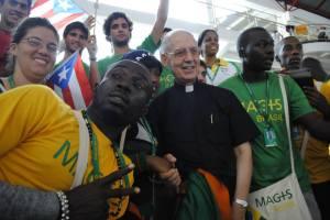 Fr. Adolfo Nicolas SJ, photobombed at WYD